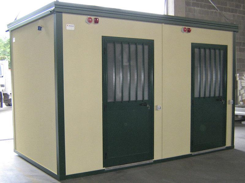 Bagni Prefabbricati Per Giardino : Prefabbricato per servizi igienici st esterno bagni