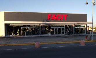 Rivestimento facciata negozio Centro Commerciale Montebello
